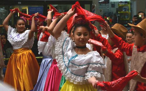 Foro «Mujer y emprendimiento: retos y desafíos», Costa Rica