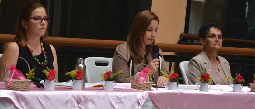 Participa el ICEB en foro de emprendedoras en Costa Rica