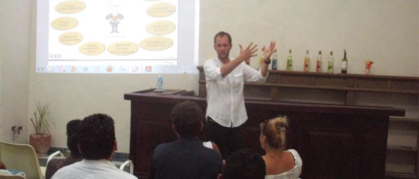 El ICEB visita el proyecto de emprendimiento La Moneda Cubana